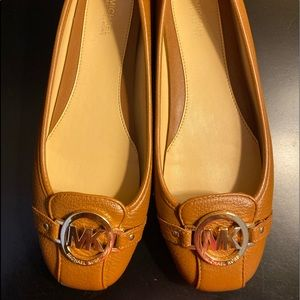 Michael Kors Lillie Leather Moccasin Size: 9M